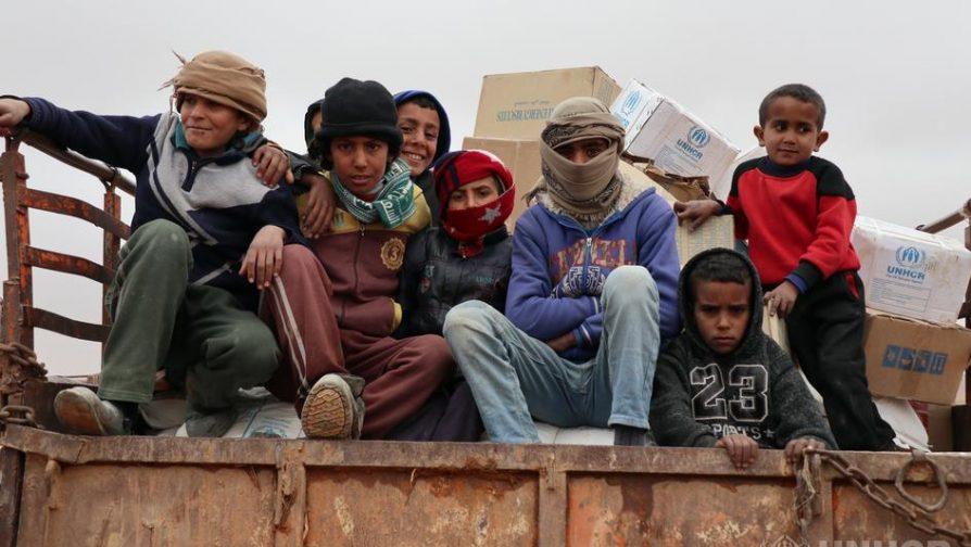 聯合國車隊為敍利亞Rukban流離失所者提供物資